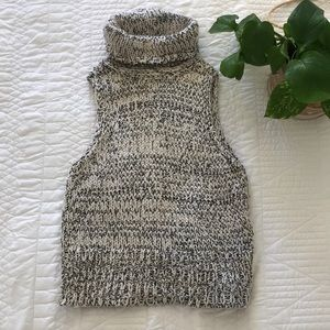 Kendall and Kylie Sleeveless Turtleneck Sweater